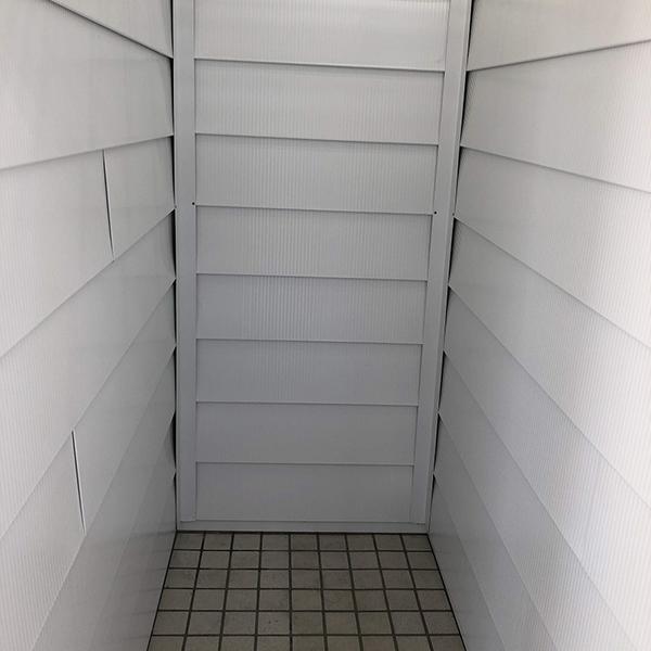 建物・収納室内の様子